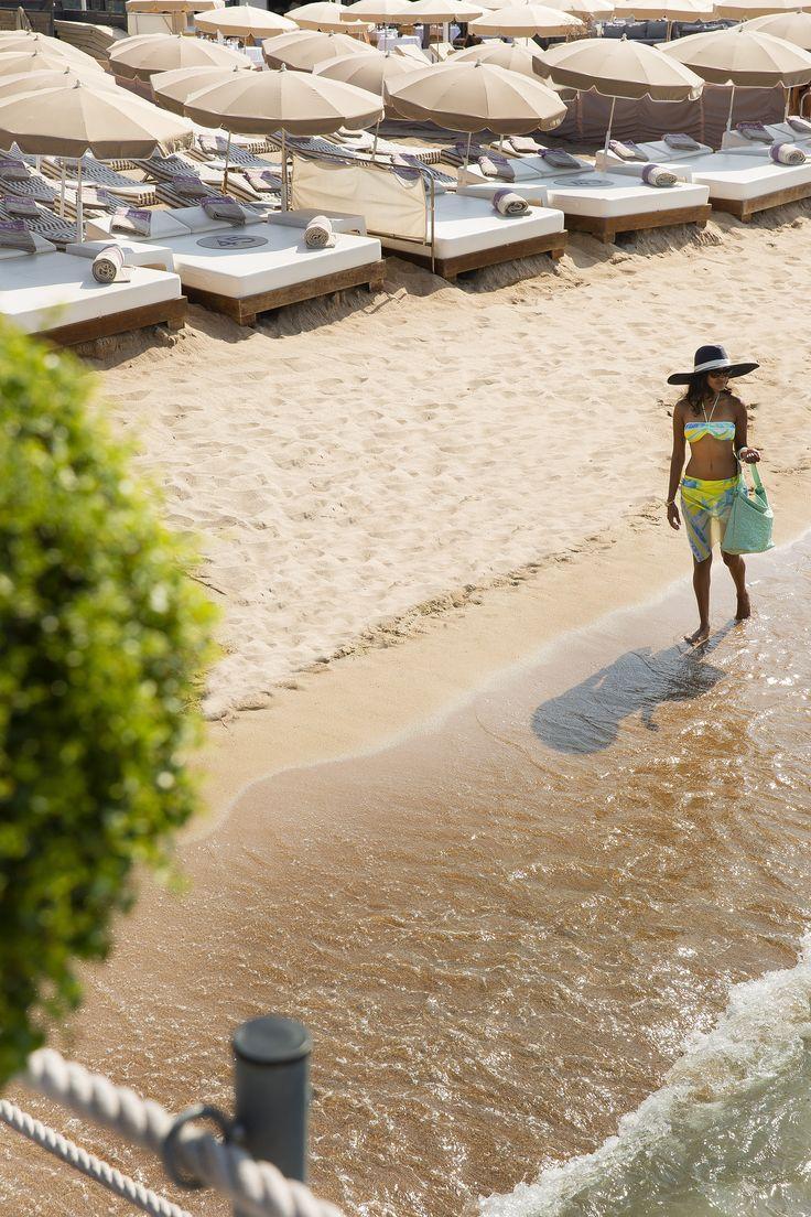 Transats sur la Plage 45 : une plage privée exceptionnelle sur la Croisette