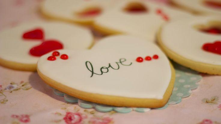 Galletas para San Valentín decoradas con isomalt