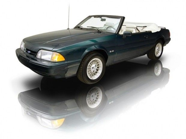 1990 Ford Mustang Ford Mustang 5.0 liter 302 LX convertible 7 Up Edition