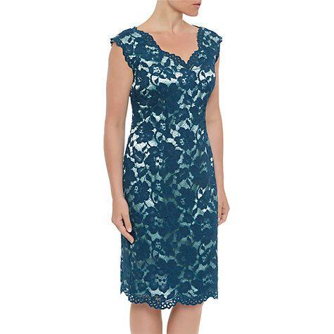 Vintage Bride ~  Mother of the Bride ~ Jacques Very Opulent Lace Dress ~ [vintagebridemag.com.au] ~ #vintagebride #vintagewedding #vintagebridemagazine #motherofthebride #motherofthegroom
