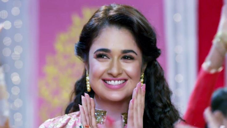 Yuvika Chaudhary Hot HD Wallpapers Free Download Unique Wallpapers