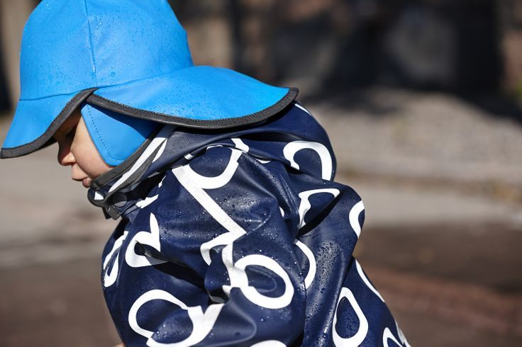 Populárne pogumované oblečko REIMA je späť / Back by popular demand REIMA RUBBER RAINWEAR #reimarubberrainwear: http://www.originalbabyshop.eu/reima-raincoat-kupla-92-blue-/01513427543122#ppa
