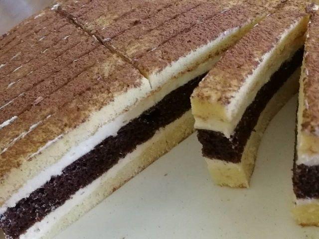 Csíkos süti szomszédasszony módra, ezzel a sütivel mindenkit elbűvölhetsz