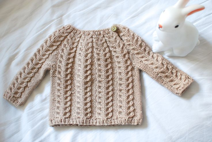 Small cable sweater - pattern by Vibe Ulrik Sondergaard