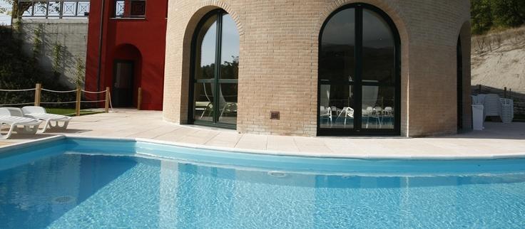 Oltre 25 fantastiche idee su spogliatoi per piscina su for Bagno della piscina