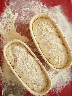 """Chleb farmerski """"fajniusi"""" na jogurcie pięciogodzinny - na podstawie niemieckiego chleba farmerskiego - film video"""