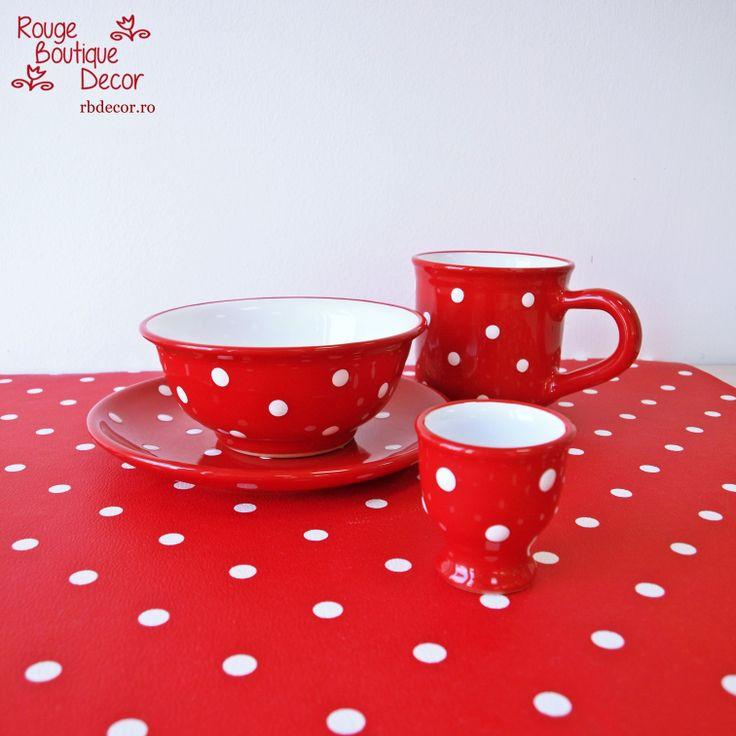 Hand made ceramic pots - Red & White polka dots  http://rbdecor.ro/categorie-produs/rosu-cu-buline-albe/