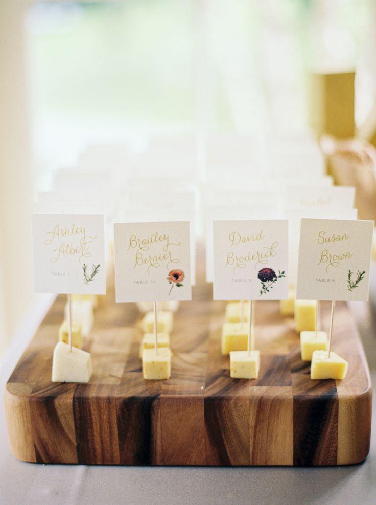 チーズで♡ <黄色・モダンな結婚式エスコートカード・席札まとめ一覧>