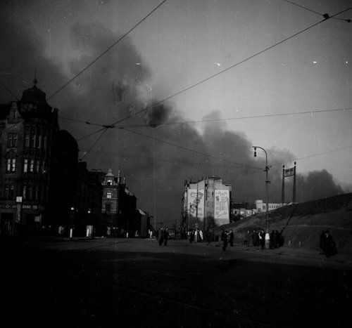 Prague, Palmovka in flames after bombing, 1945