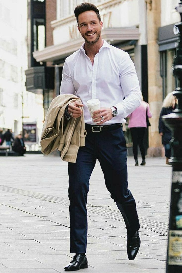 8 Ways To Wear Navy Chinos On The Street