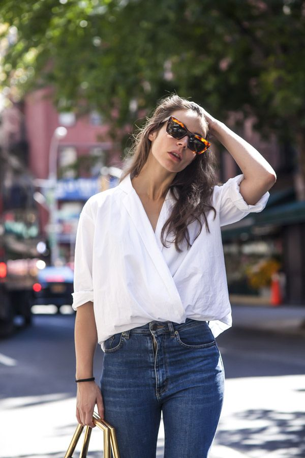 Wardrobe essentials - skinny jeans and a white oversized shirt (your boyfriend's fits the best)