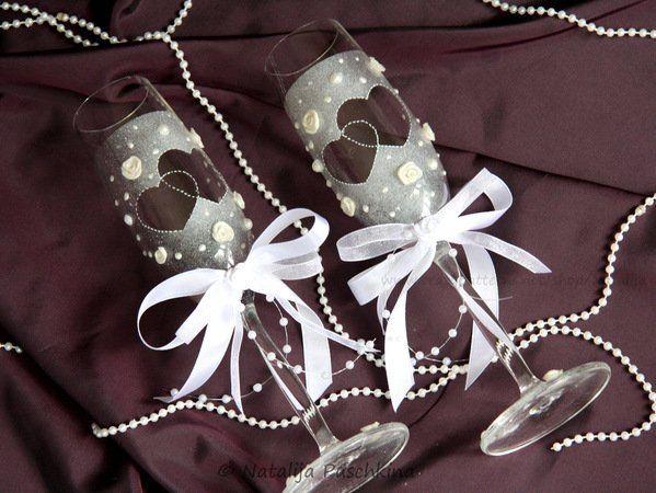 Wenn Du ganz besondere Deko suchst, dann ist das hier genau richtig für Dich. Schön dekorierte Gläser sind ein toller Hingucker. Probiers einfach mal aus.