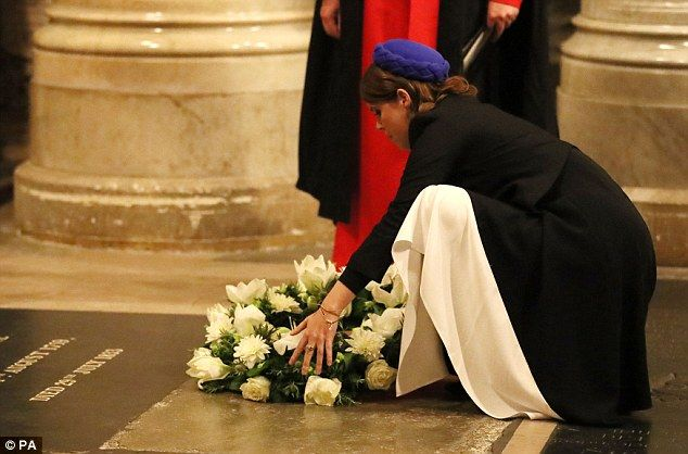 The service also aimed to raise awareness of modern day slavery and the princess laid a wreath at the grave ofWilberforce in honour of his work