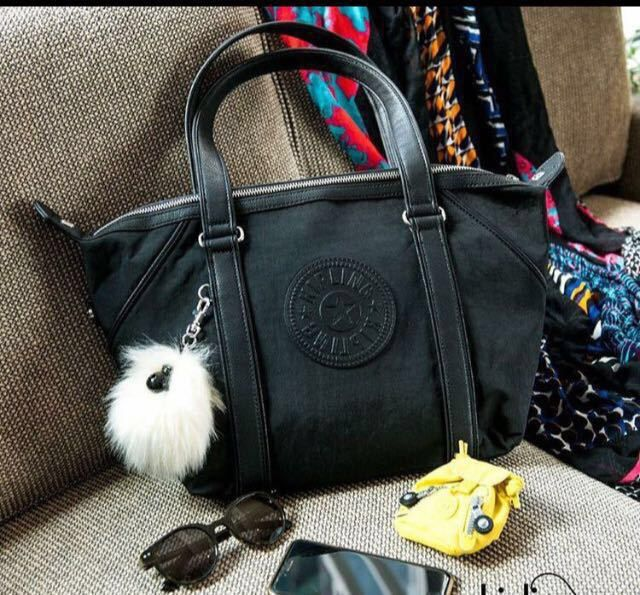Kipling k17125 (42usd) Size:44*18*27cm Pre-sale .It will arrive at the end of March or the start of Apr.