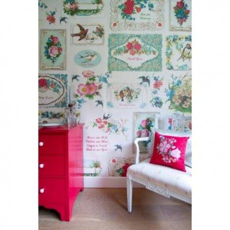 Mural Romantic. Mural de papel pintado  estilo vintage con flores, pájaros. Creando un ambiente muy romántico. Lavable, fácil de colocar e ignífugo. Gran calidad de las imágenes