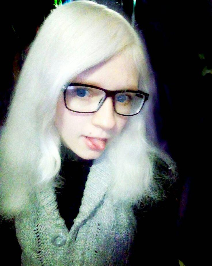 Tanya Rumyantseva, Таня Румянцева, живая кукла, белые волосы, большие глаза, синие глаза, линзы, милая девушка, аниме, живая аниме, кавай, ня, няша, няшка, living doll, human doll, dolly, девушка в очках, blue eyes, big eyes, cute, очки, glasses, girl in glasses, kawaii, cute girl, white hair, blonde hair, platinum blond, платиновый блонд, белоснежные волосы, фарфоровая кожа, albino girl, albino, девушка альбинос, альбинос, 3d, 3д, kiev, ukraine, киев, Украина, язык