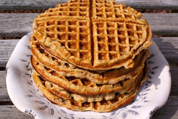 1000+ images about Pancakes & Waffles: Paleo/Primal on Pinterest | Almond flour pancakes ...