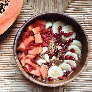 Acai bowls are PACKED with vitamins. Try this Pumpkin Papaya Superfood Acai Bowl #recipe