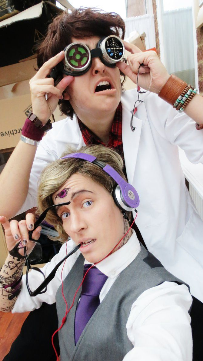 My favorite Cecil and Carlos cosplay team of all time. Nothing will ever top this for me. (tealpirate @ deviantART)
