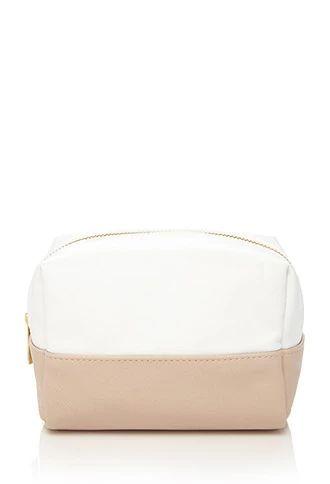 Contrast-Paneled Makeup Bag | Forever 21 | #beautymark