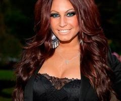 i love Tracy DiMarco's hair color!