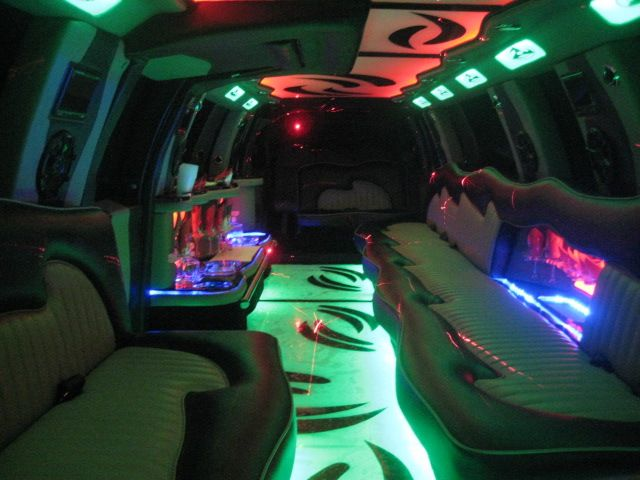 Millenium Limo offers luxury vehicle rental service. you can celebrate Party with  luxury party bus.