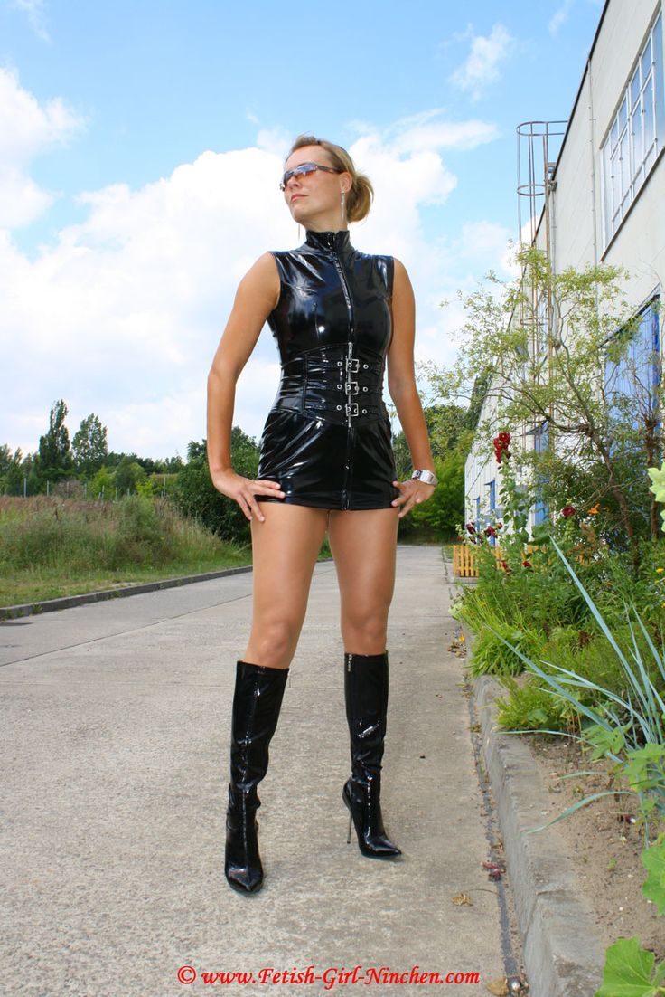 Pin Von Shiny Fetish Project Auf    Fetish-Girl Ninchen     Leder-3407