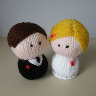 Bride and Groom wedding cake toppers, knitting pattern by Amanda Berry