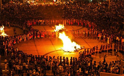 Festival πυρσών στην China ~ Ardan News