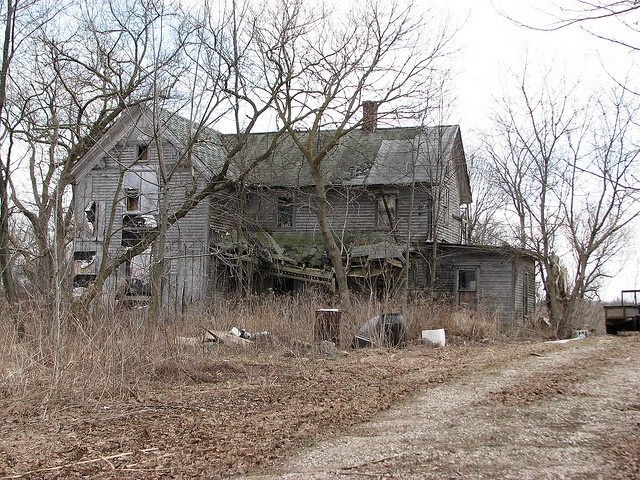Run Down House By Darrups Via Flickr Houses With A