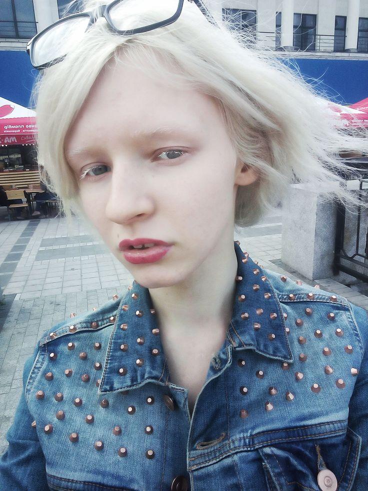 Instagram: @whitest_white Albino girl Tanya Rumyantseva, white eyelashes, white eyebreows, pale skin, white hair, white skin, blue eyes, albino model, albinism, Таня Румянцева альбинос, белые ресницы, белые брови, белые волосы, бледная кожа, белая кожа, голубые глаза, альбинизм, модель альбинос,красивый альбинос, beautiful albino, нетипичная красота, нестандартная внешность