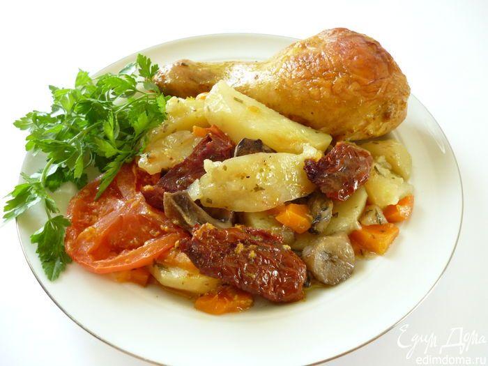 Куриное жаркое с грибами и вялеными помидорами | Кулинарные рецепты от «Едим дома!»