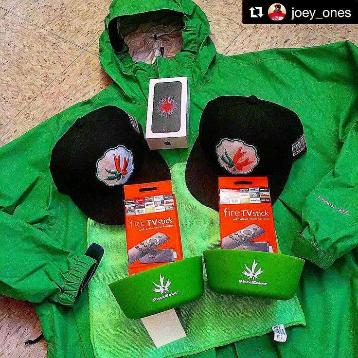 @joey_ones with @repostapp  Bout to head out .... Love The Colors ... Blaze YOUR own trail & tag us in you pics and we will repost #piecemakergear.com #piecemaker #BlazeYourOwnTrail #byot #snowboarding #outdoor #camping #hiking #goalzero  #patagonia #rei #columbia #mammut  #outsidemagazine #orshow #blackdiamondequipment #outdoorresearch #skiing  #seatosummit #intersport  #outdoorretailer #trekking  #rockclimbing #snews #petzl #arcteryx #bpmag  #FireStick  #TheNorthFace