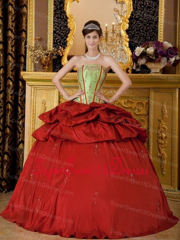 Remarkable Red Sweet 16 Quinceanera Dress Strapless Appliques Taffeta Ball Gown