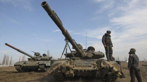 Crisis en Crimea entra en fase militar tras muerte de soldado