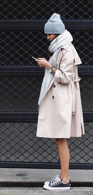 #fall #fashion / cream trench coat + gray scarf