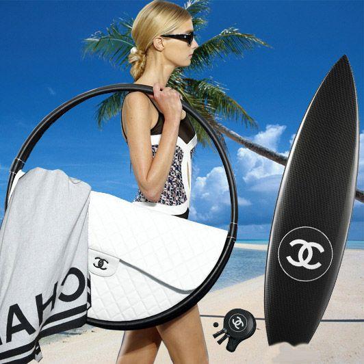Hula Hoop Bag from Chanel on http://www.drlima.net