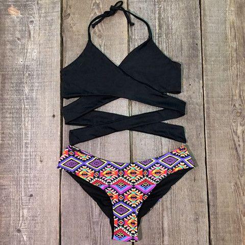 Cupshe Set on Fire Cross Bikini Set