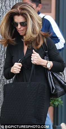 Maria Shriver please follow me,thank you i will refollow you later
