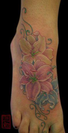 best 25 tiger lily tattoos ideas on pinterest tiger lilly tattoo lily tattoo design and arm. Black Bedroom Furniture Sets. Home Design Ideas