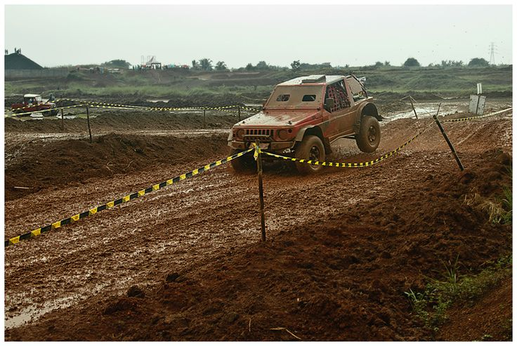Kejuaraan GT Radial Savero Komodo Indonesia X-Offroad Racing 2014, di sirkuit Pagedangan, BSD City, Tangerang