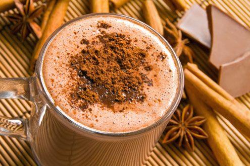 Pode incluir chocolate quente na dieta? Só se for no café da manhã   Dieta Nunca Mais