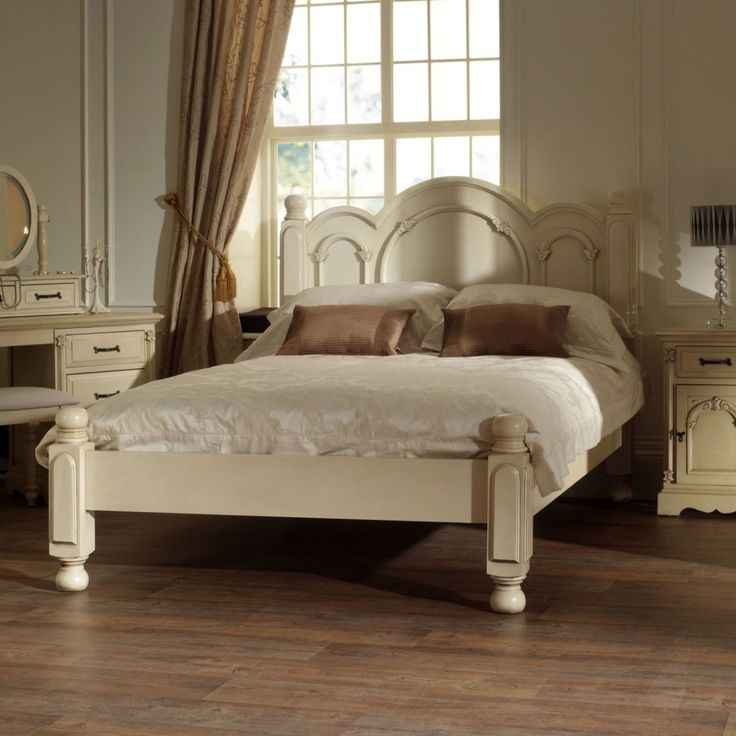 French style bedroom furniture ideas with the look antique - Paint finish for bedroom ...