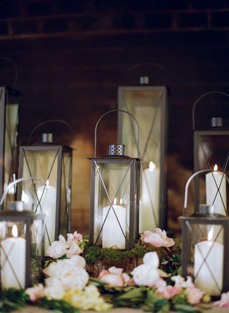 Photography: Caroline Frost Photography - carolinefrostphotography.com  Read More: http://www.stylemepretty.com/2015/01/09/rustic-chic-ryland-inn-wedding/