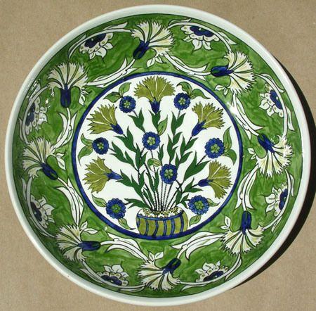 Sandrouni green carnation :  Iznik Pottery