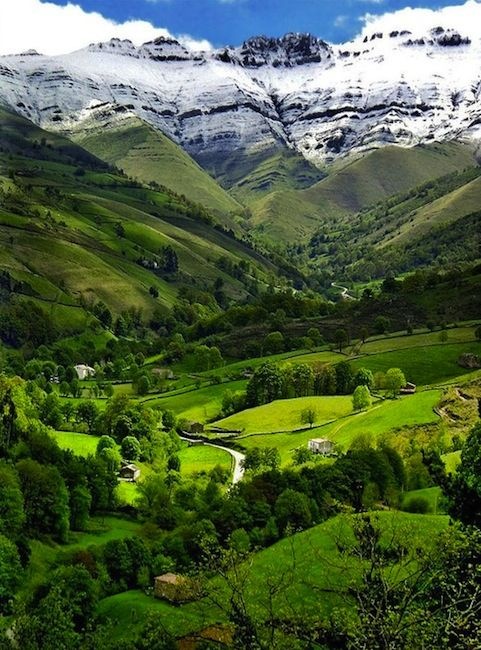 """Northern Spain.....click on the picture to go to the article """"5 Reasons to Go to Northern Spain"""" <3"""