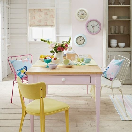 dining room in pastels