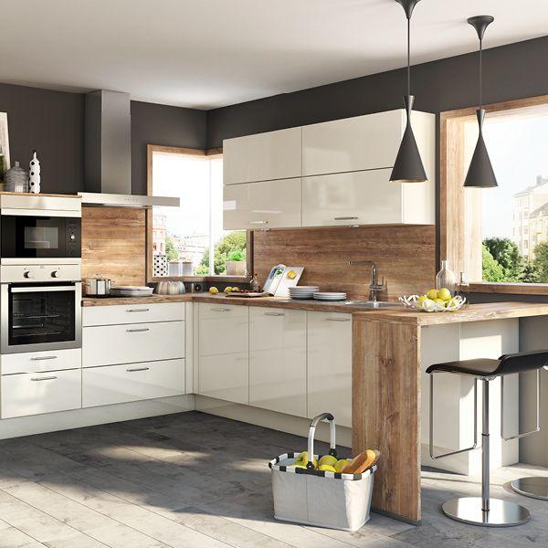 Küche Mit Elektrogeräten Und Spülmaschine   Best Home Decor