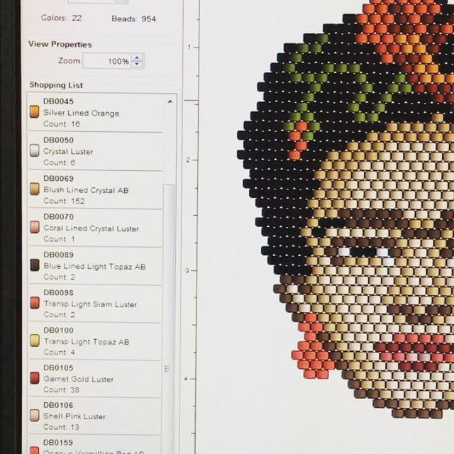 """117 Likes, 9 Comments - ⠀⠀⠀⠀⠀⠀⠀⠀⠀⠀🌿TATIANA🌿 (@t_a_t_s_i) on Instagram: """"Vous êtes tenté par cette broche Frida Coquelicot?  Le diagramme est en vente dans ma boutique ALM.…"""""""