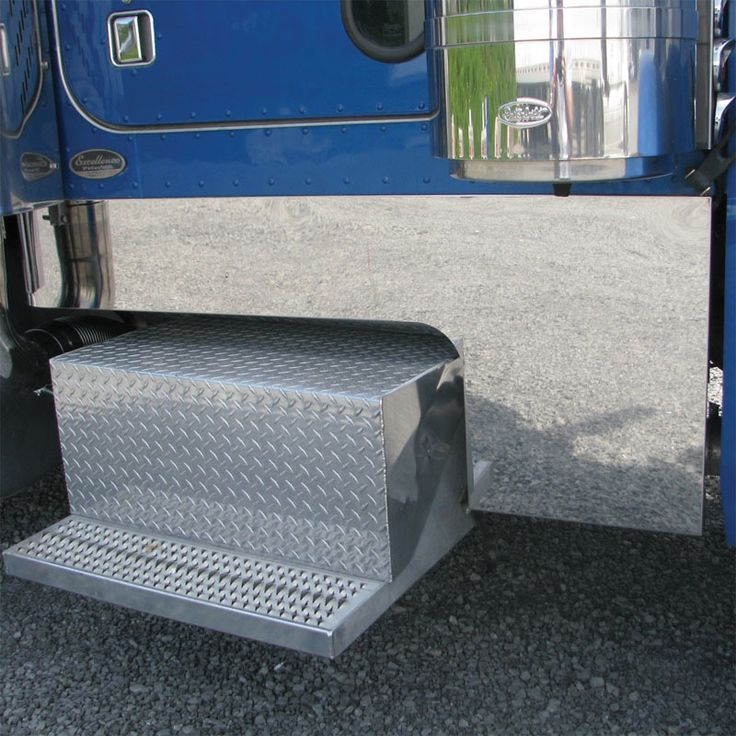 Raney's Truck Parts - Peterbilt 379 Deep Cowl Cab And Sleeper Panel Kit, $494.95 (http://www.raneystruckparts.com/peterbilt-379-deep-cowl-cab-and-sleeper-panel-kit/)